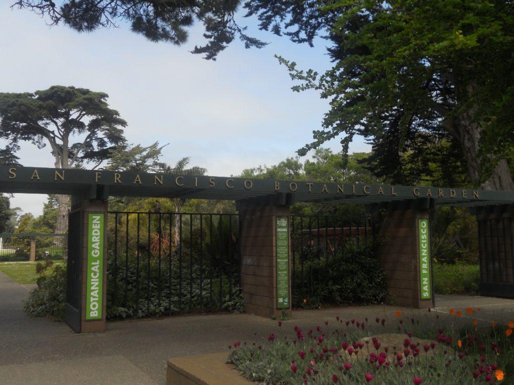 ici l entrée du jardin botanique de San Francisco