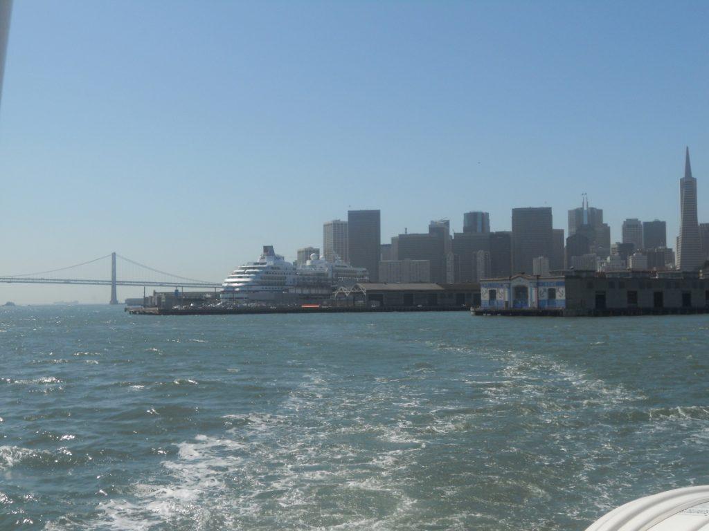 depuis le ferry on a une magnifique vue sur San Francisco