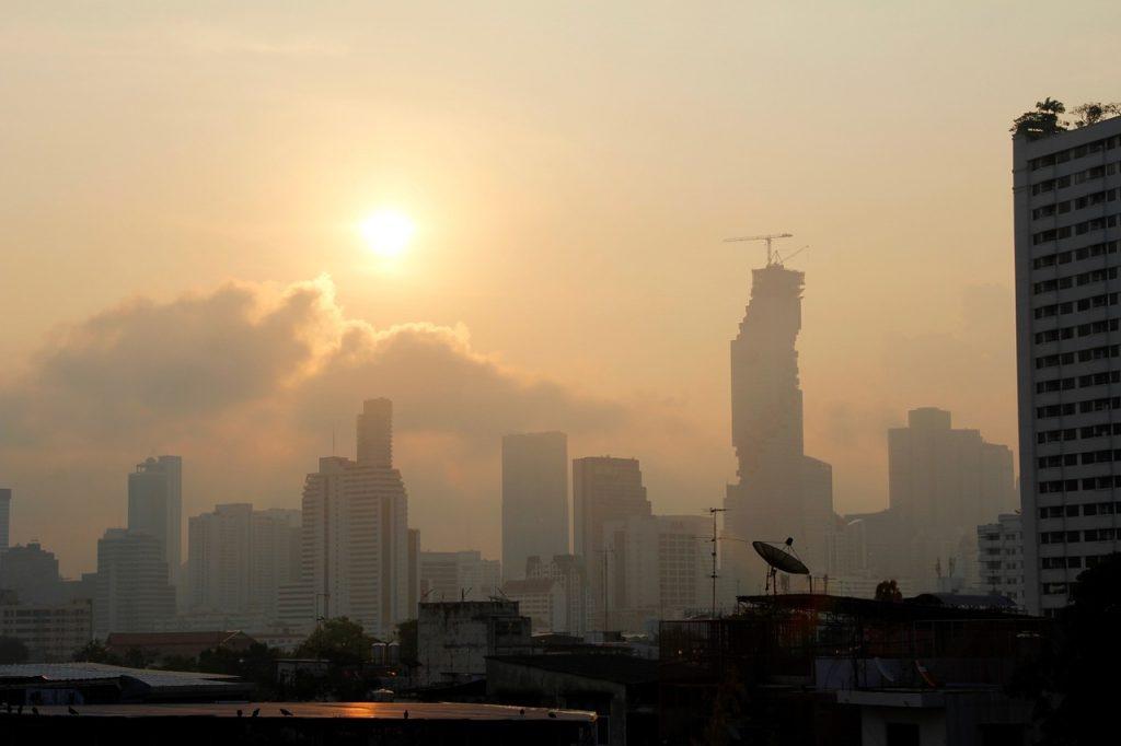 Bangkok est une très grande ville en Asie
