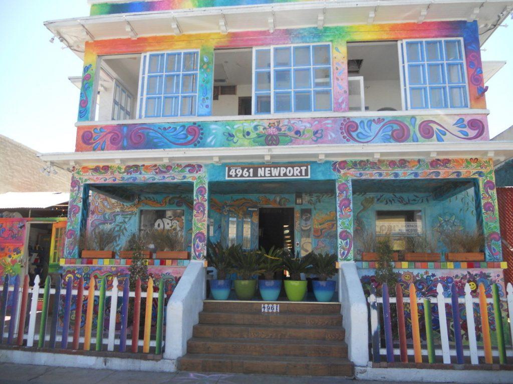 maison colorée du quartier ocean beach à San Diego