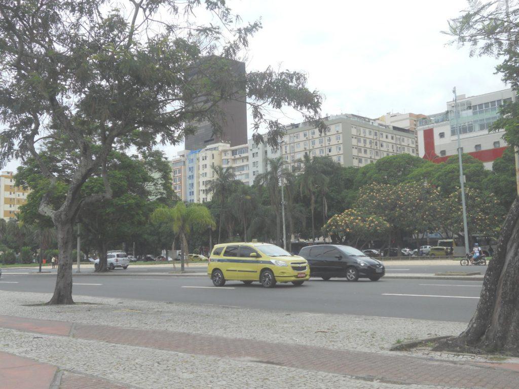 la circulation peut être dense à Rio