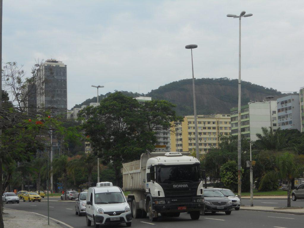 les avenues sont si larges à Rio