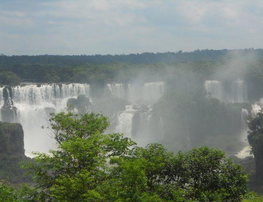 les chutes d'Iguacu au Brésil