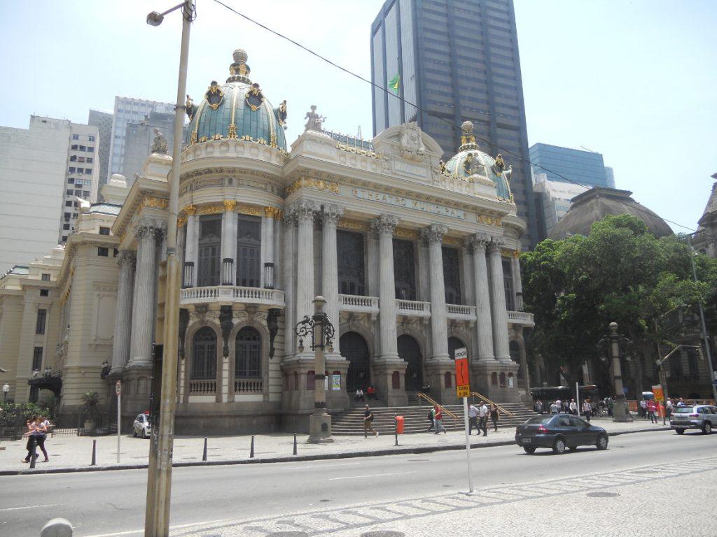 j'ai visité le théâtre municipal de Rio