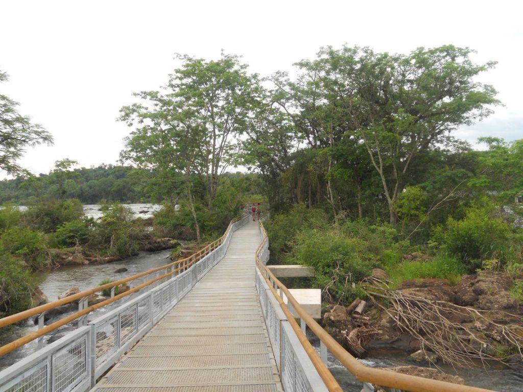 j ai eu le vertige comme jamais à Iguazu