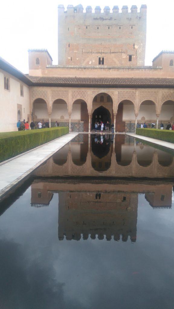la visite de l'alhambra est 1 incontournable