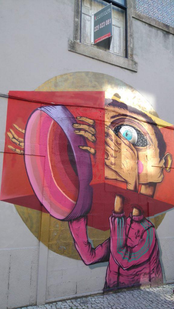 il y a aussi du street art à Porto