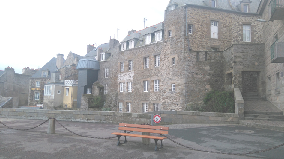 remparts à Saint Malo