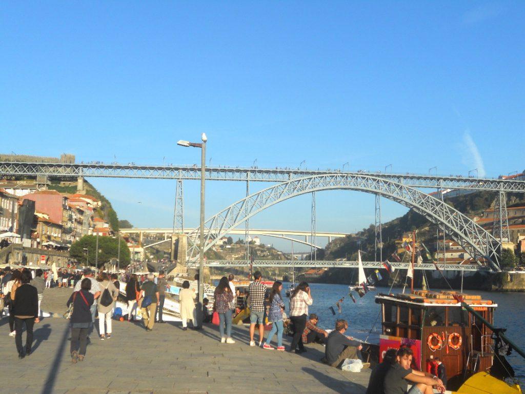 promenade à Porto en soirée
