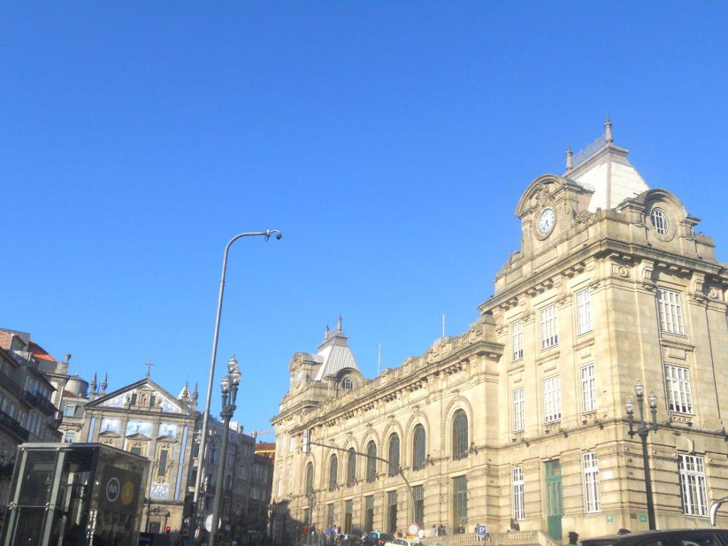la gare de Porto construite au XIX è siècle