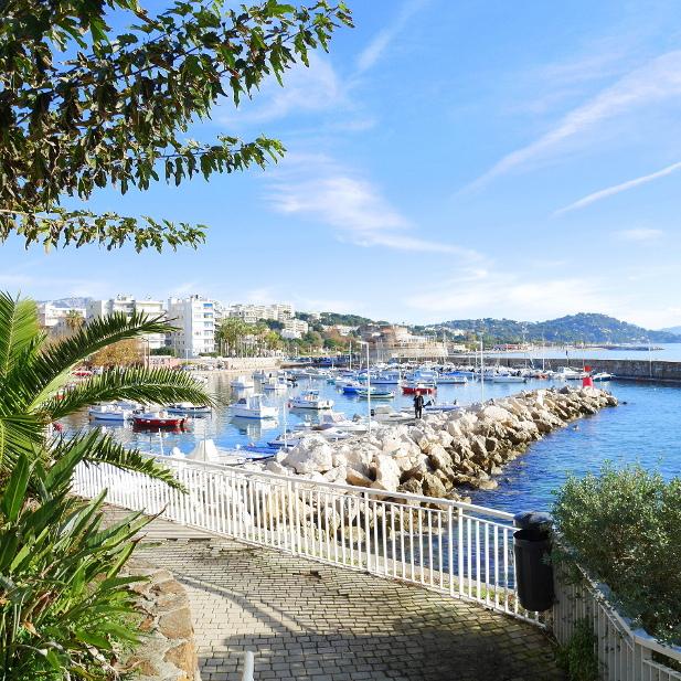 comment c'est de vivre à Toulon