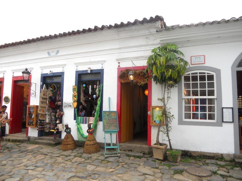 les commerces du centre historique de Paraty