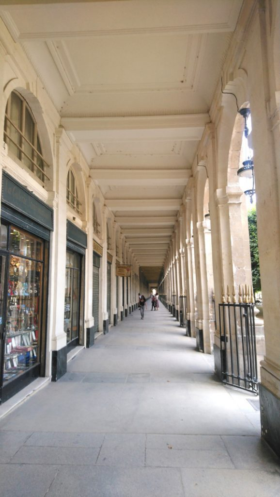 passage parisien du palais royal