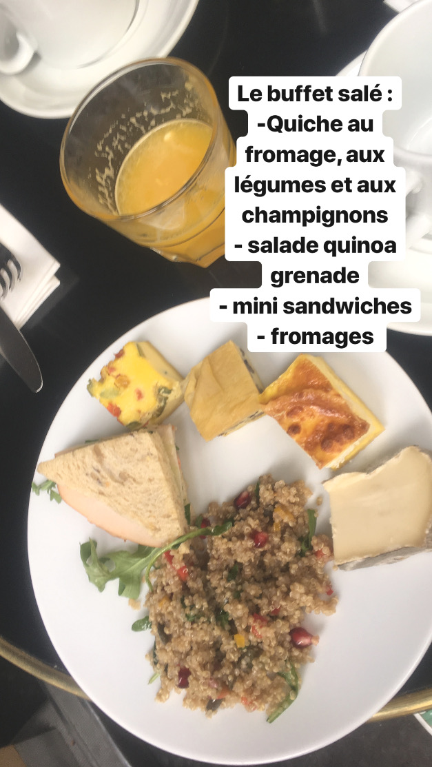 Gros Un brunch à Paris