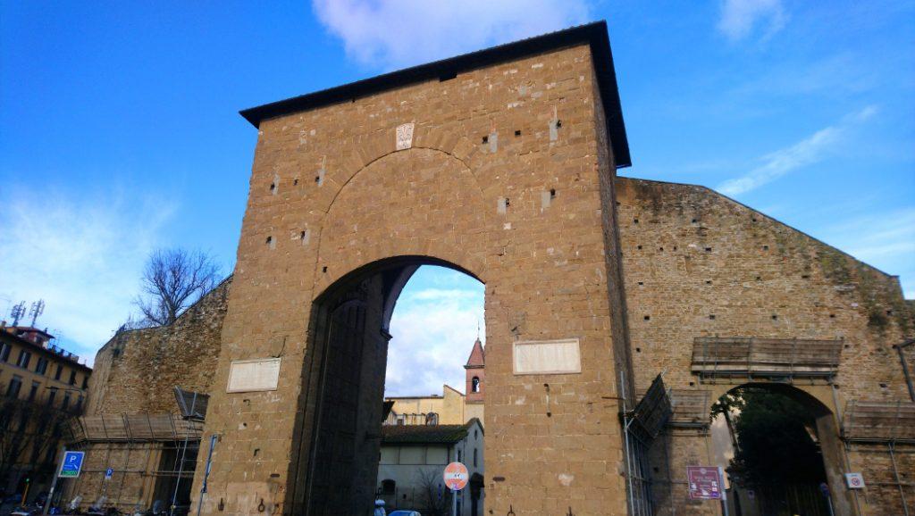 Porte du centre historique de Florence: Porte Romana