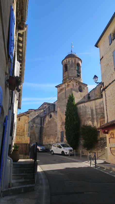 quel village visiter autour de Arles