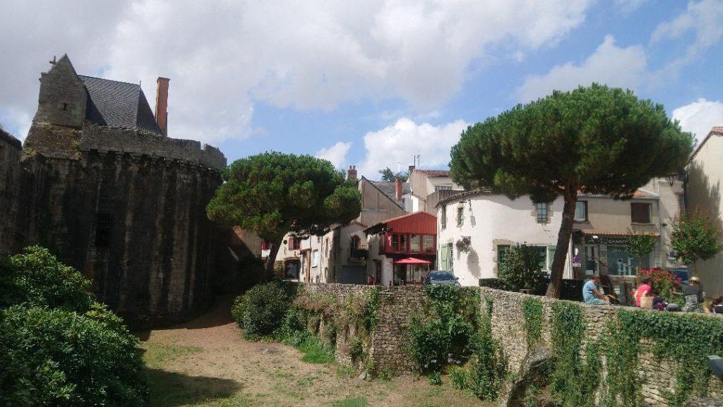découverte du centre historique de Clisson
