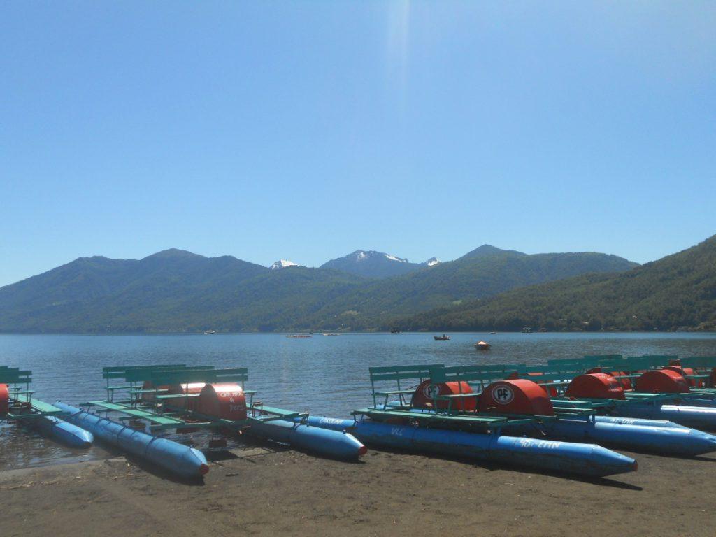 activité nautique au lac Caburgua autour de Pucon