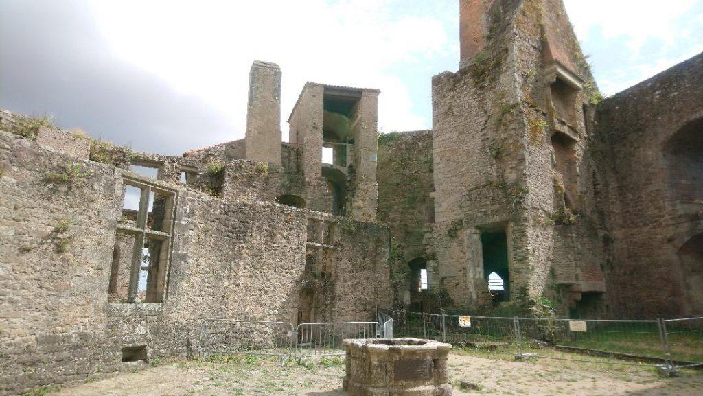 clisson la médiévale est à découvrir avec son château