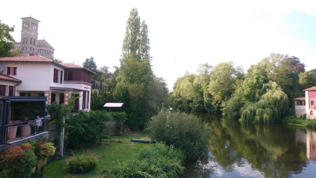 Clisson est uen ville incontournable à visiter autour de Nantes