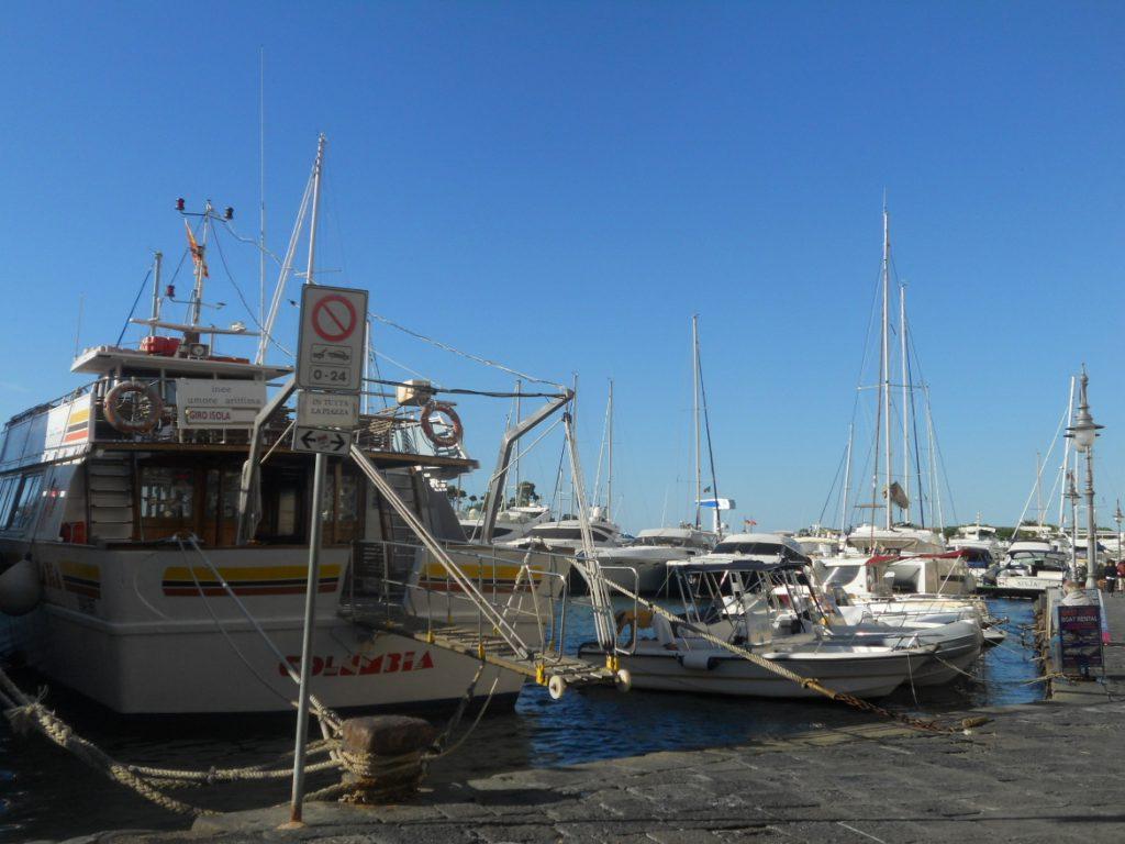 port de Ischia à découvrir