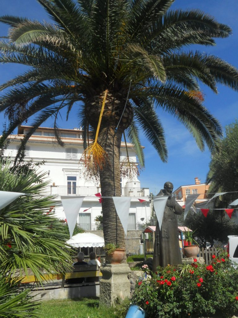 visite d'une ville ensoleillée de l'île d'Ischia