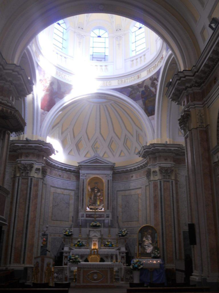 visiter les églises de Procida