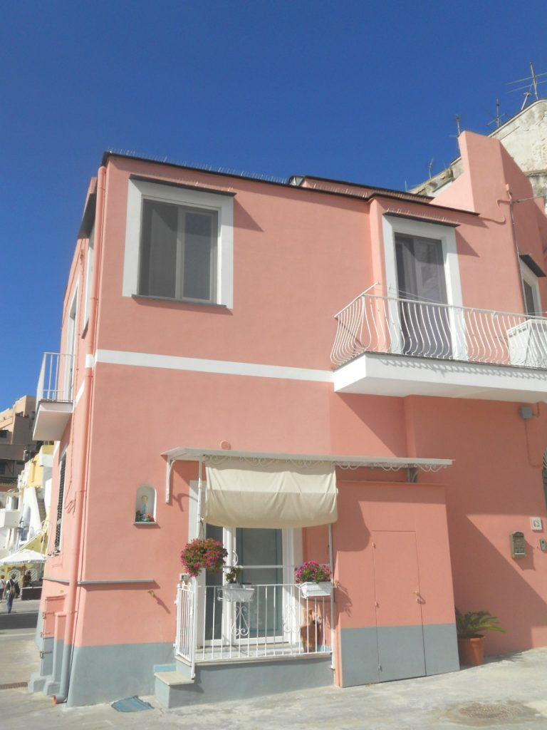 les couleurs de l'île de Procida dnas le Golfe de Naples