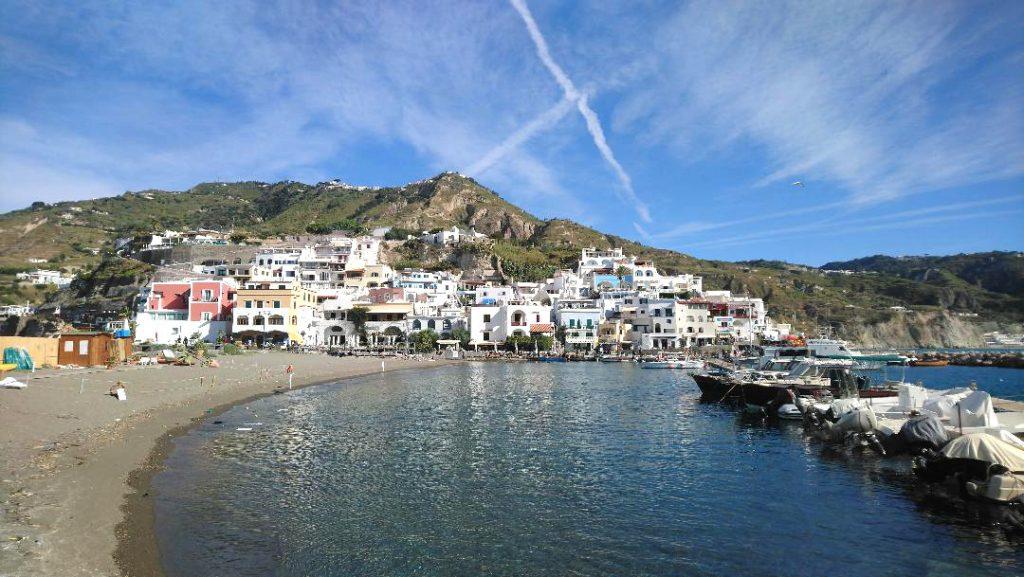 Ischia est à découvrir minimum 5 jours