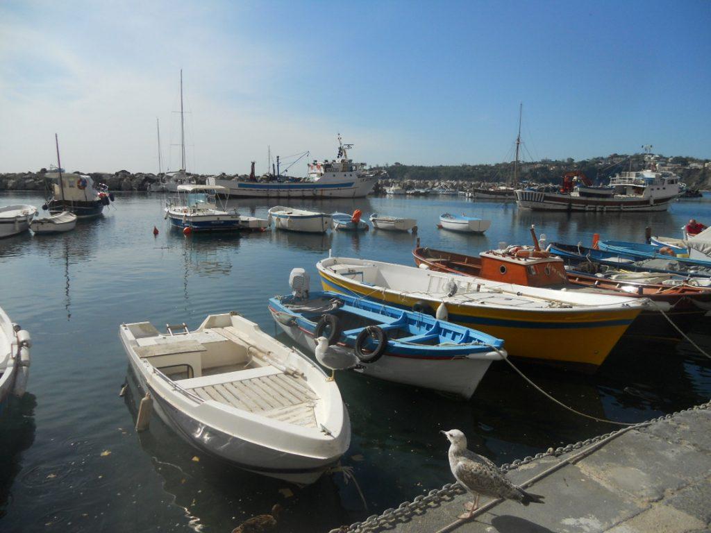 port de Procida en septembre