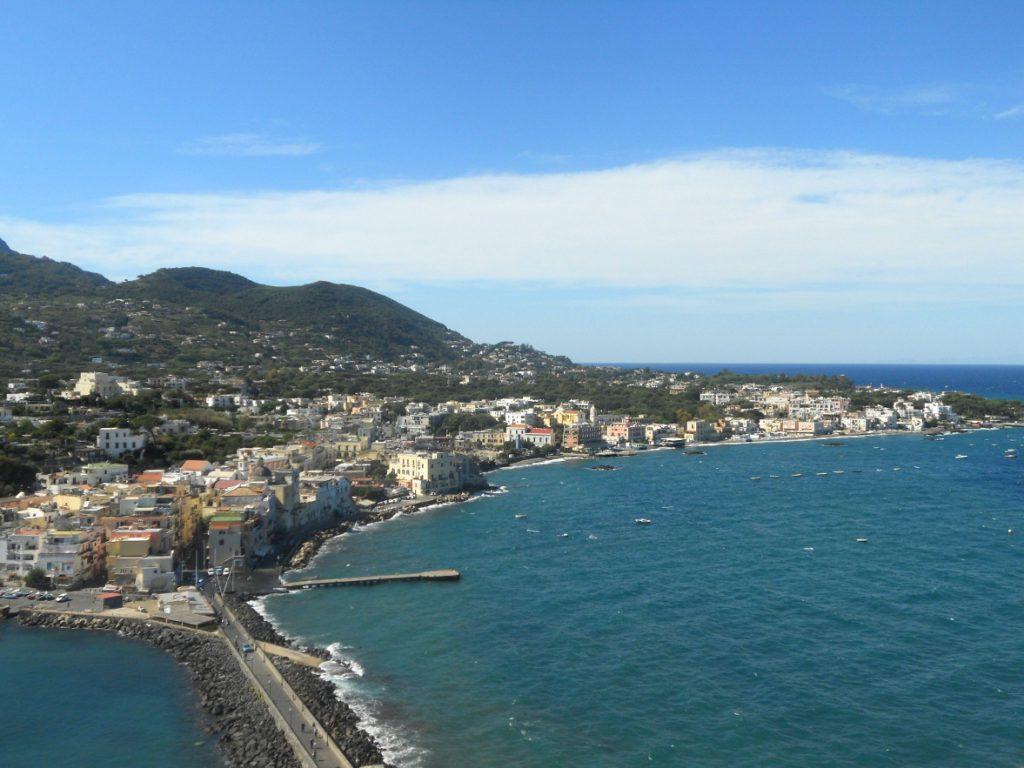 vue du haut de l'île d'Ischia