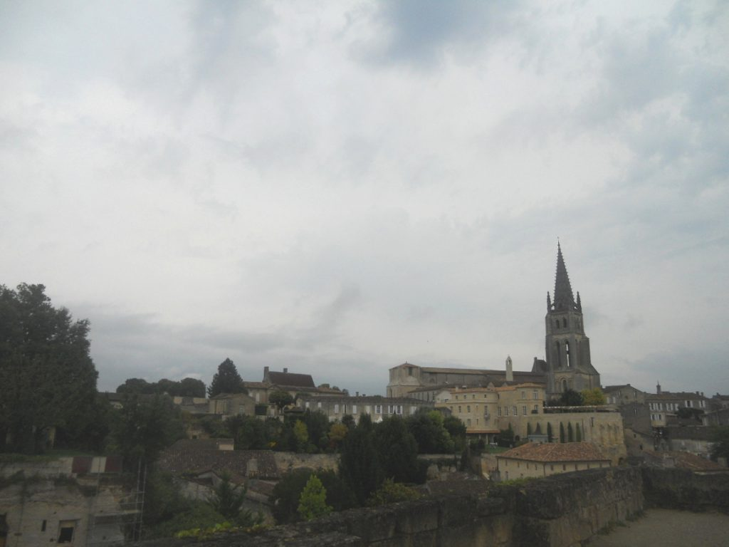 Saint-Emilion village à voir à moins de 1 heure de Bordeaux