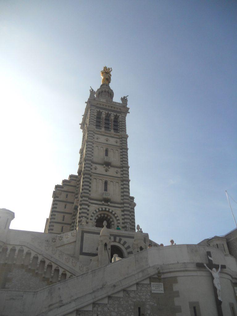 Notre-Dame de la Garde est un incontournable à voir à Marseille pour un weekend