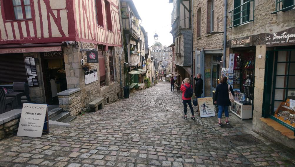 viister le centre historique de Dinan