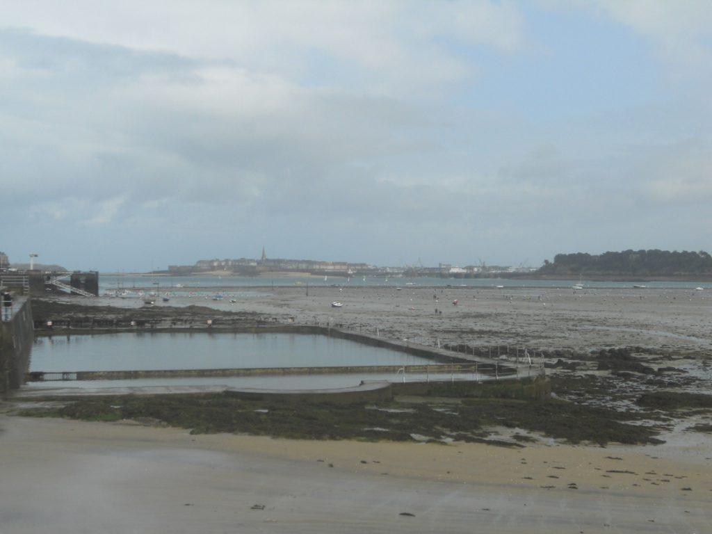 Dinard sur la côte d'Emeraude est à visiter en Bretagne absolument