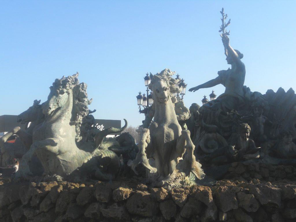 place des quiconces à voir absolument à Bordeaux